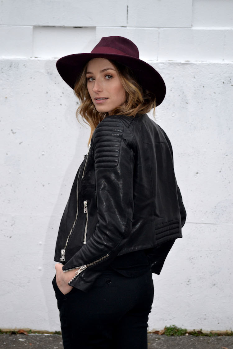 e633ecfffb parisien inspired french all black casual chic