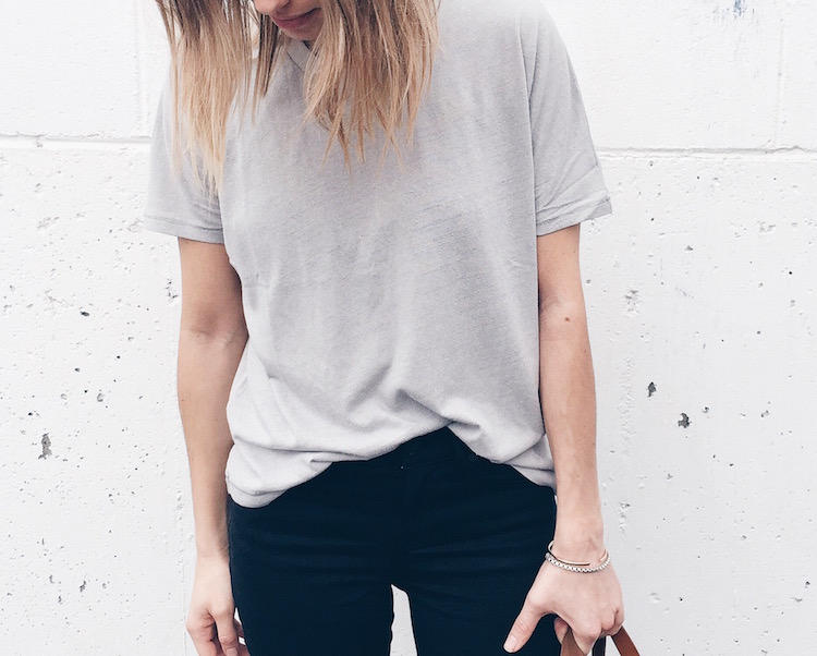 madewell grey t-shirt, black jeans