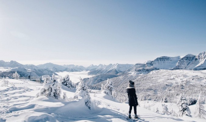 banff mountain top snowshoe