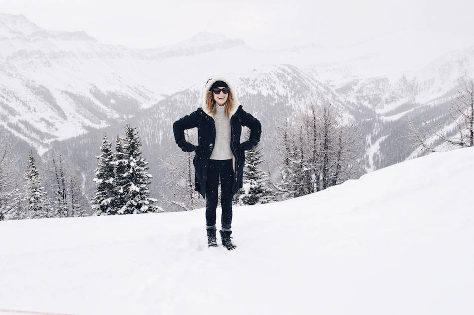 lake louise mountain top how to layer clothes
