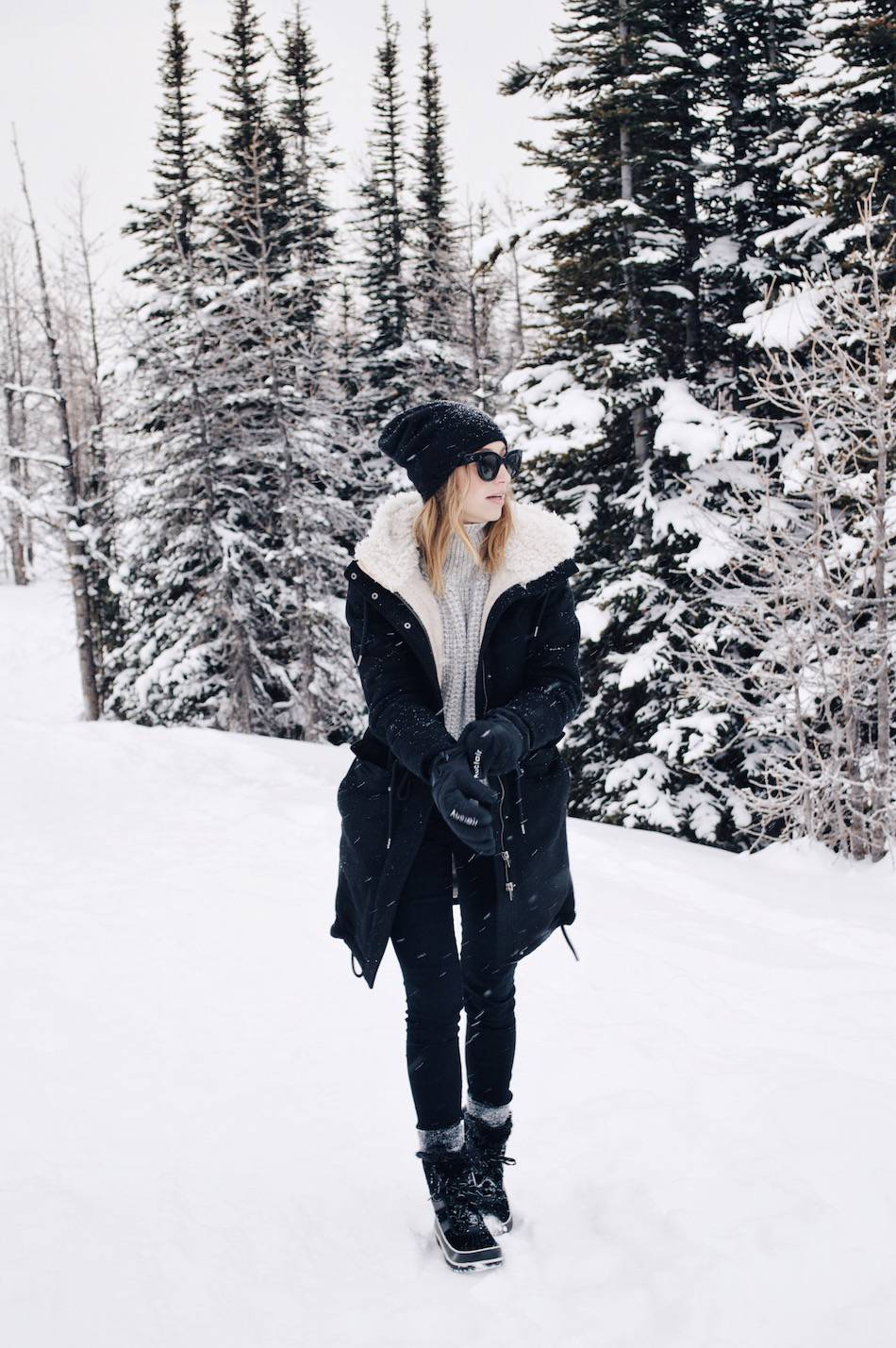 4 ways to stay warm + stylish in the snow, sorel boots