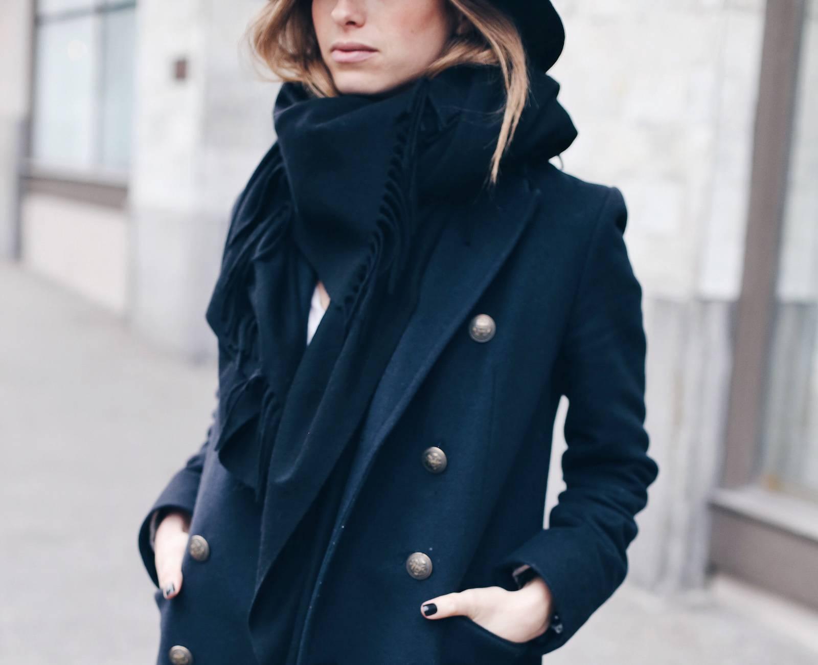 fi-navy coat