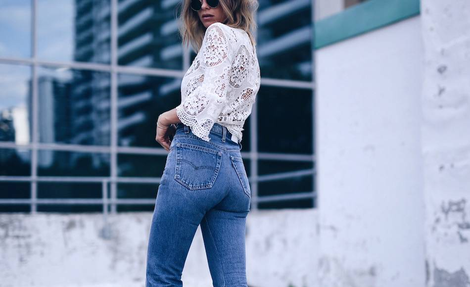 redone jeans, bum