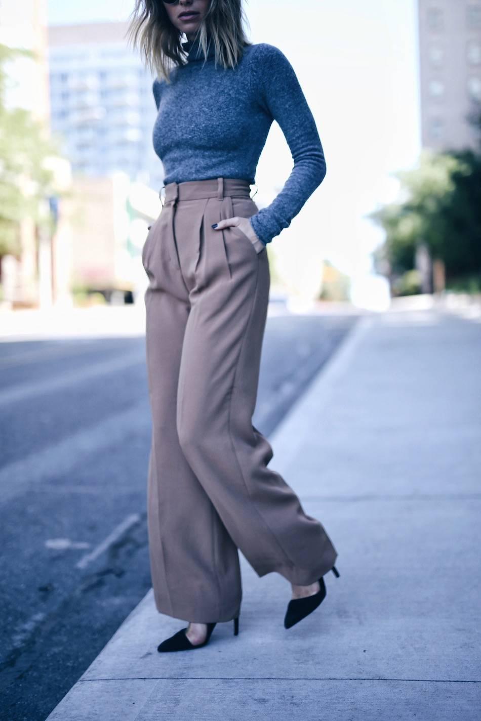 style and beauty blogger Jill Lansky wearing aritzia wilfred turtleneck