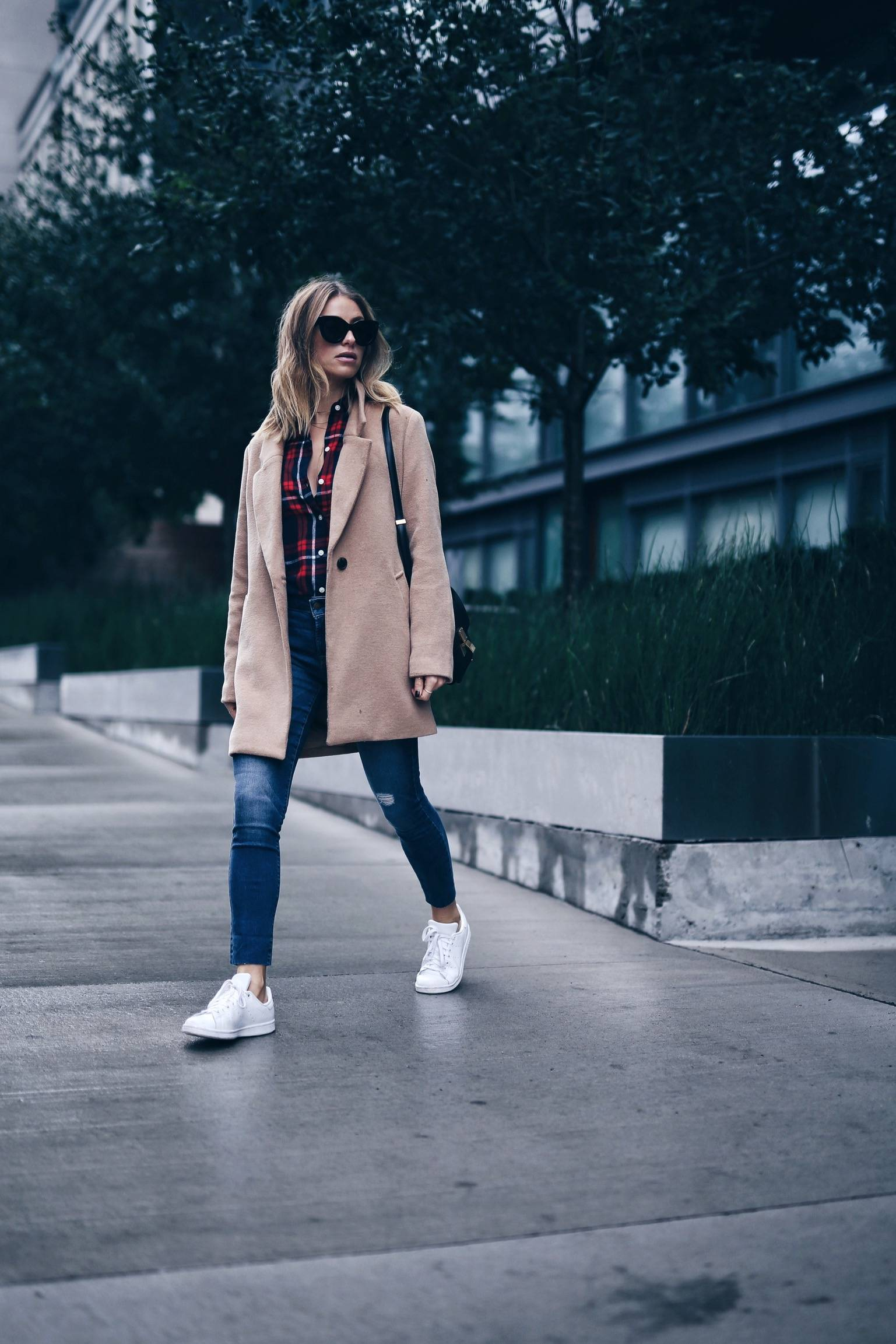 cozy streetstyle in plaid and camel coat