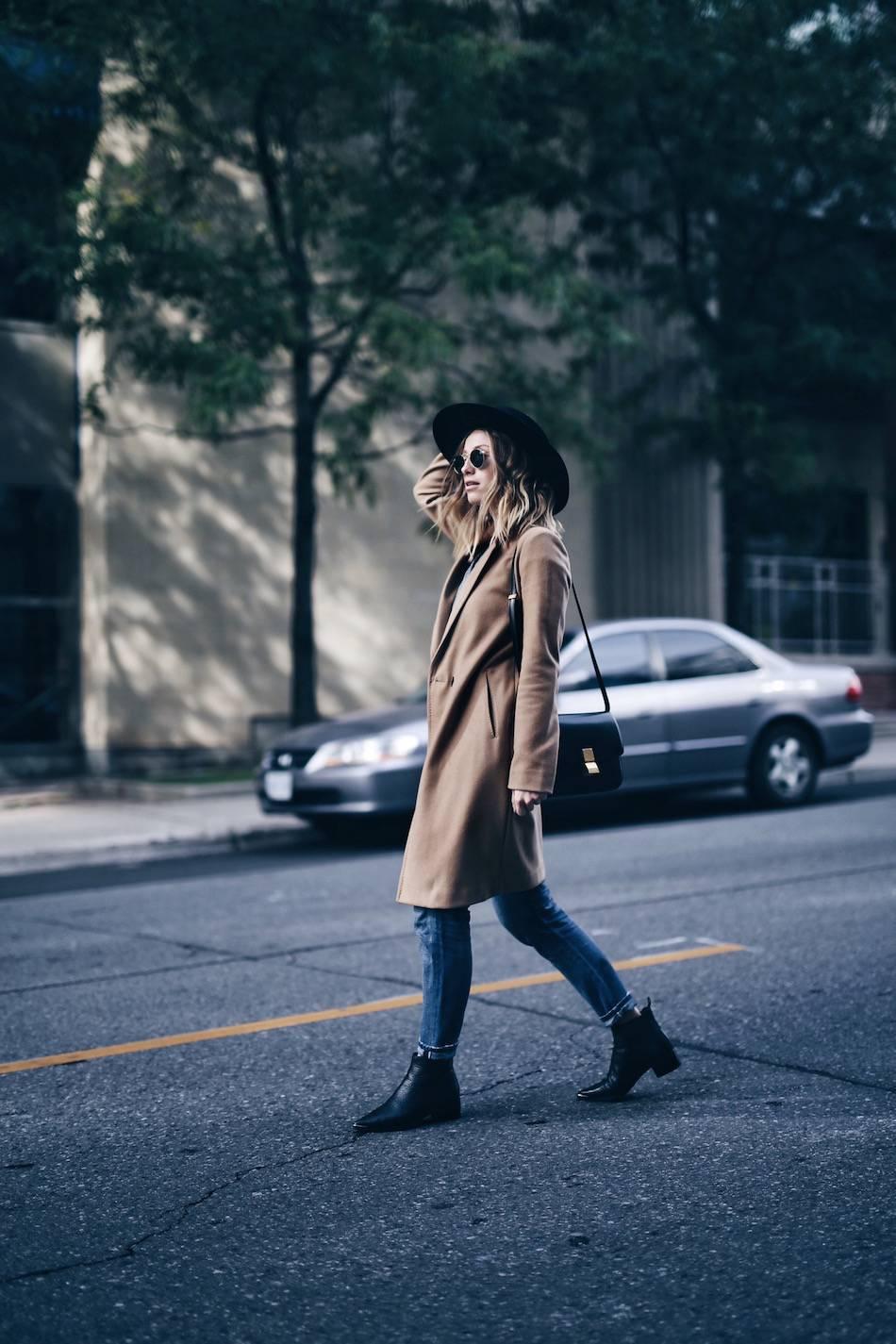 aritzia stedman camel coat
