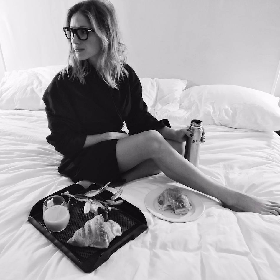 acme-hotel-breakfast-in-bed
