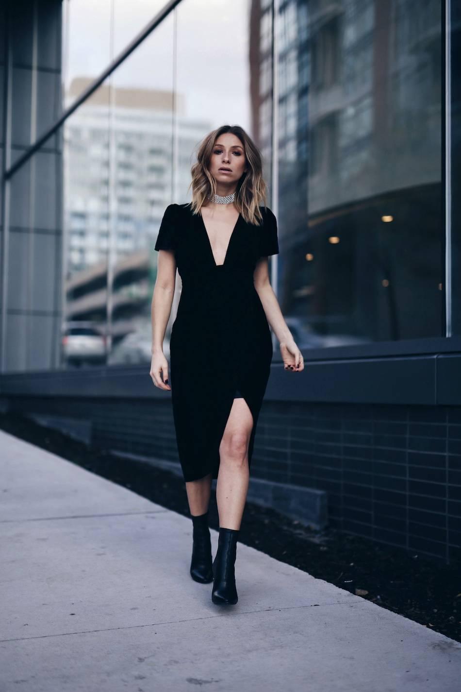 black-velvet-dress-for-holiday-party-1