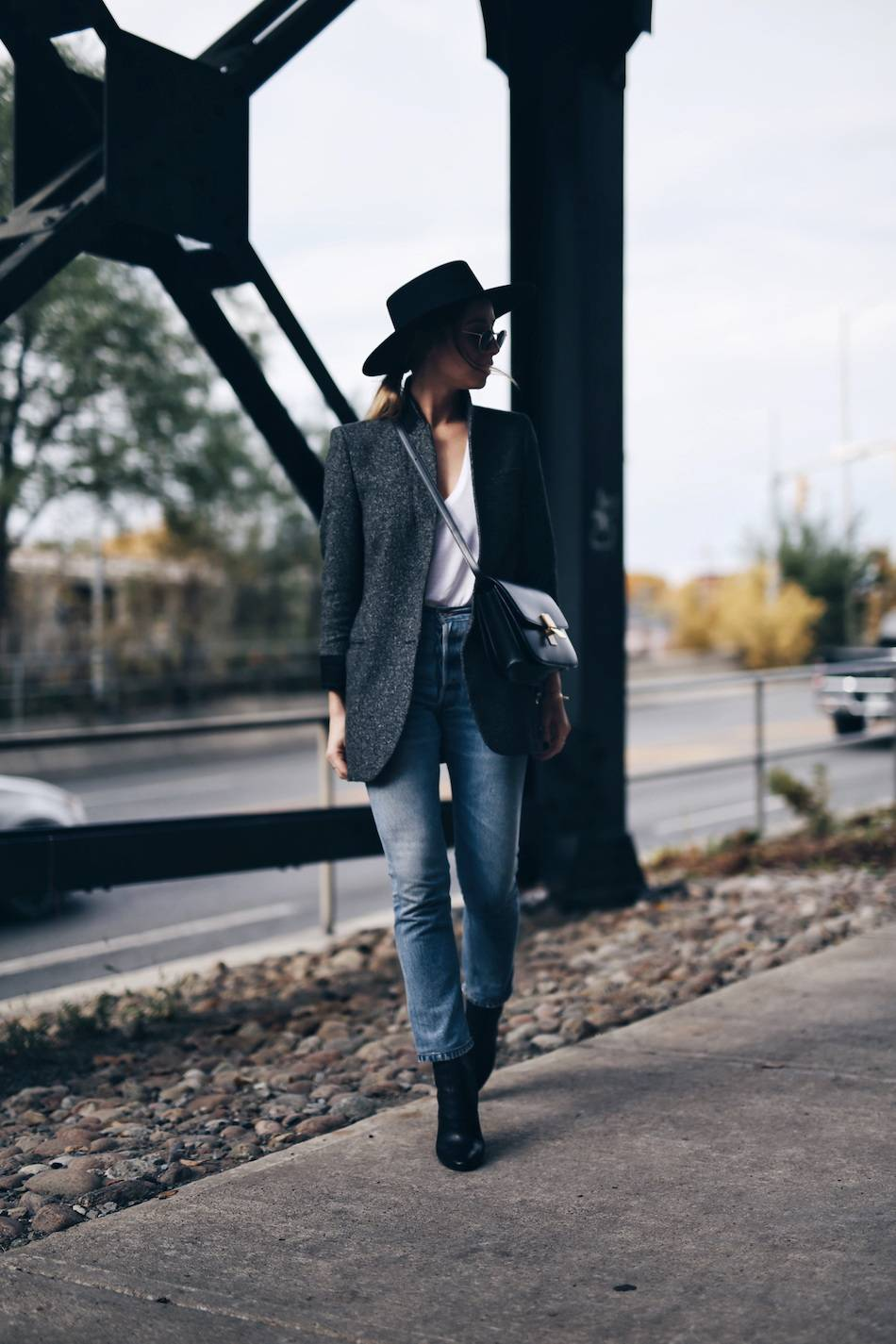 parisian-uniform-wool-blazer-denim
