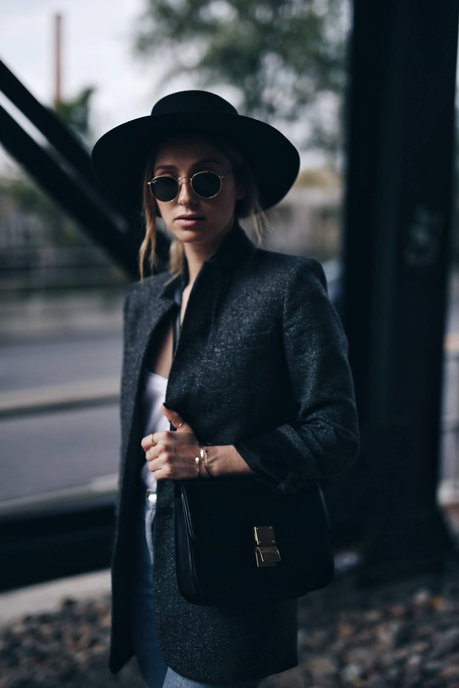 parisian-uniform-wool-blazer-celine-box-bag