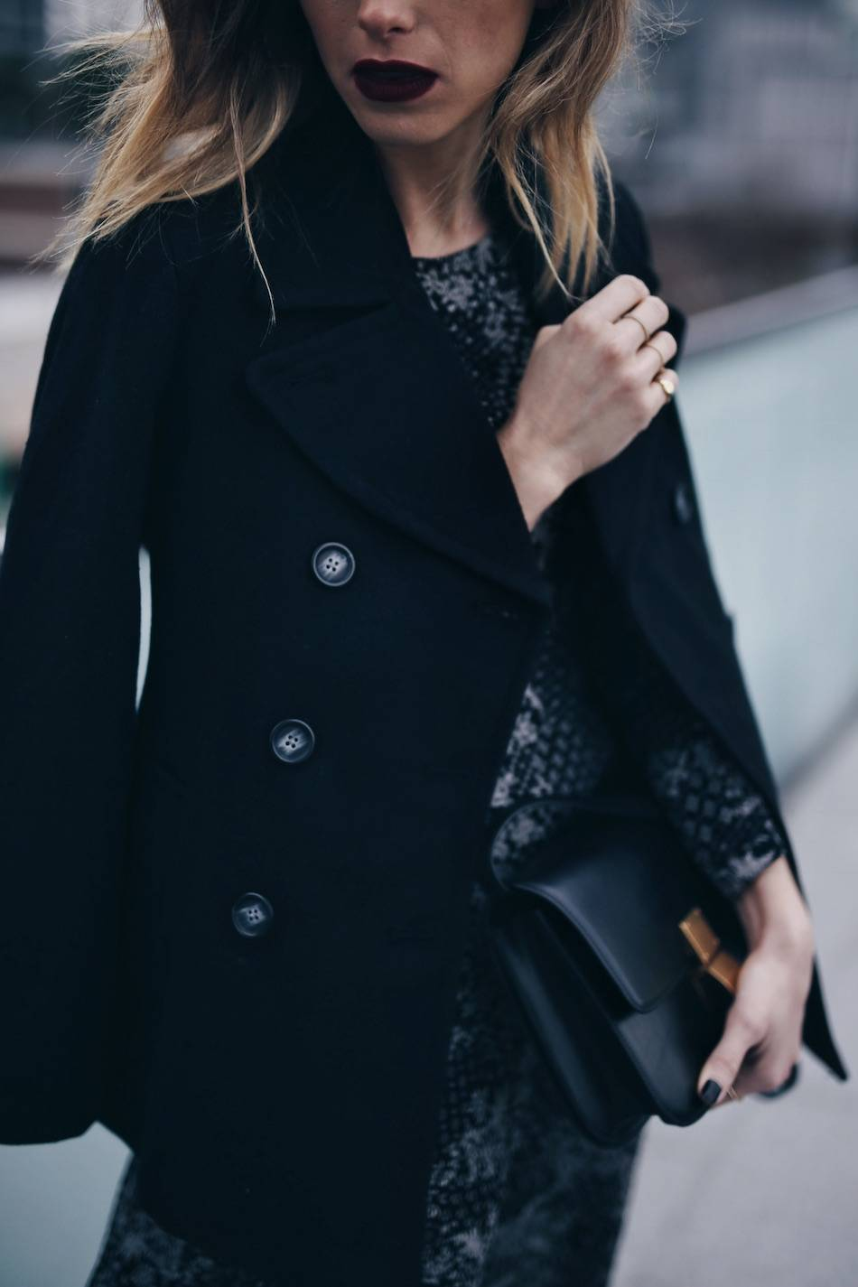 style-blogger-jill-lansky-of-the-august-diaries-showing-holiday-outfit-ideas-2016-in-old-navy-print-dress-celine-box-bag-and-black-peacoat