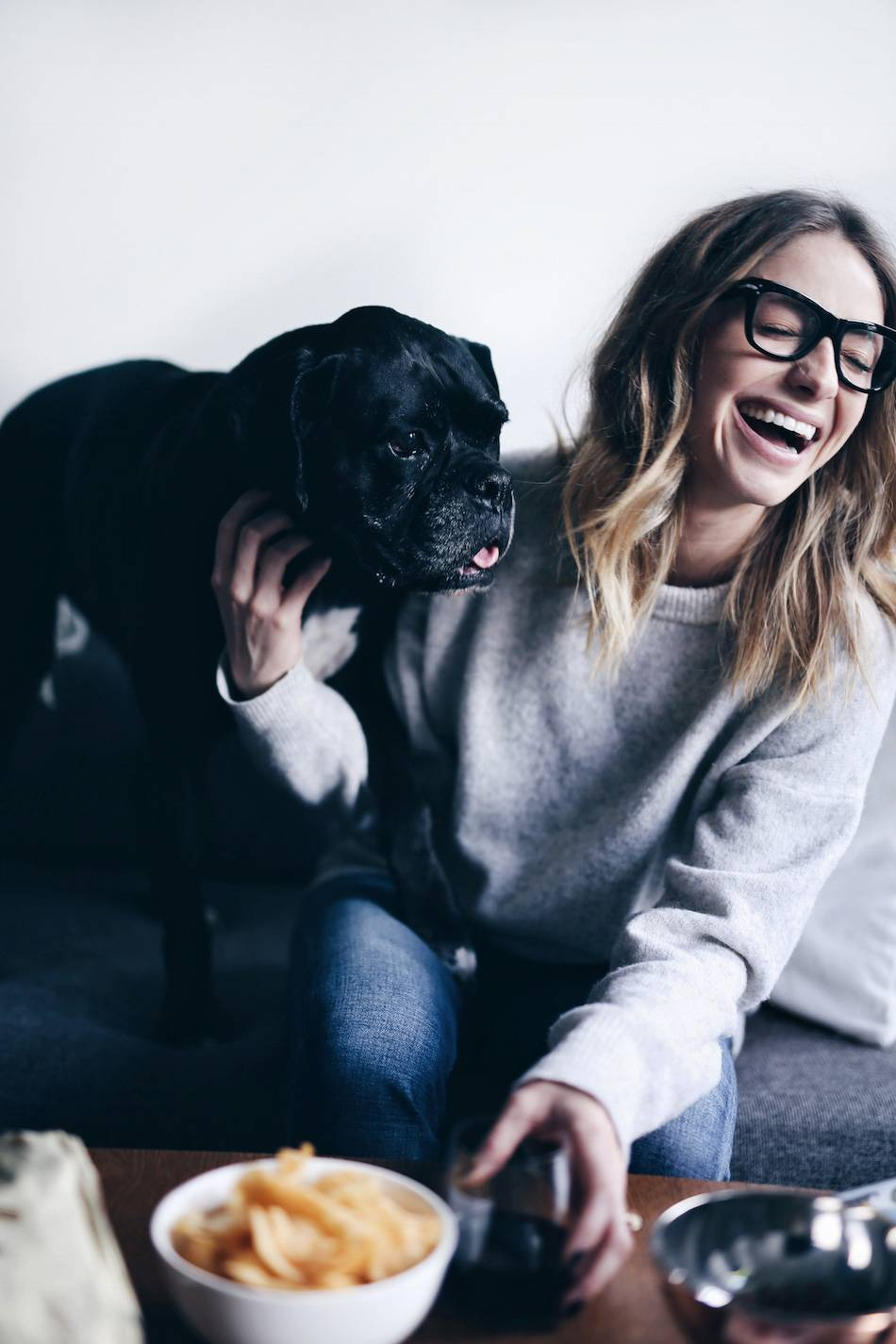 style-and-beauty-blogger-jill-lansky-of-the-august-diaries-top-5-favourite-christmas-movies-and-snacks-celine-glasses-black-boxer