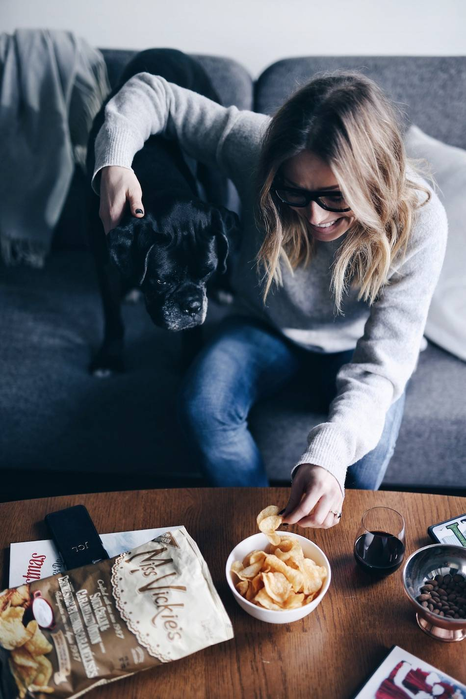 style-and-beauty-blogger-jill-lansky-of-the-august-diaries-top-christmas-movies-2016-snacks-miss-vickies