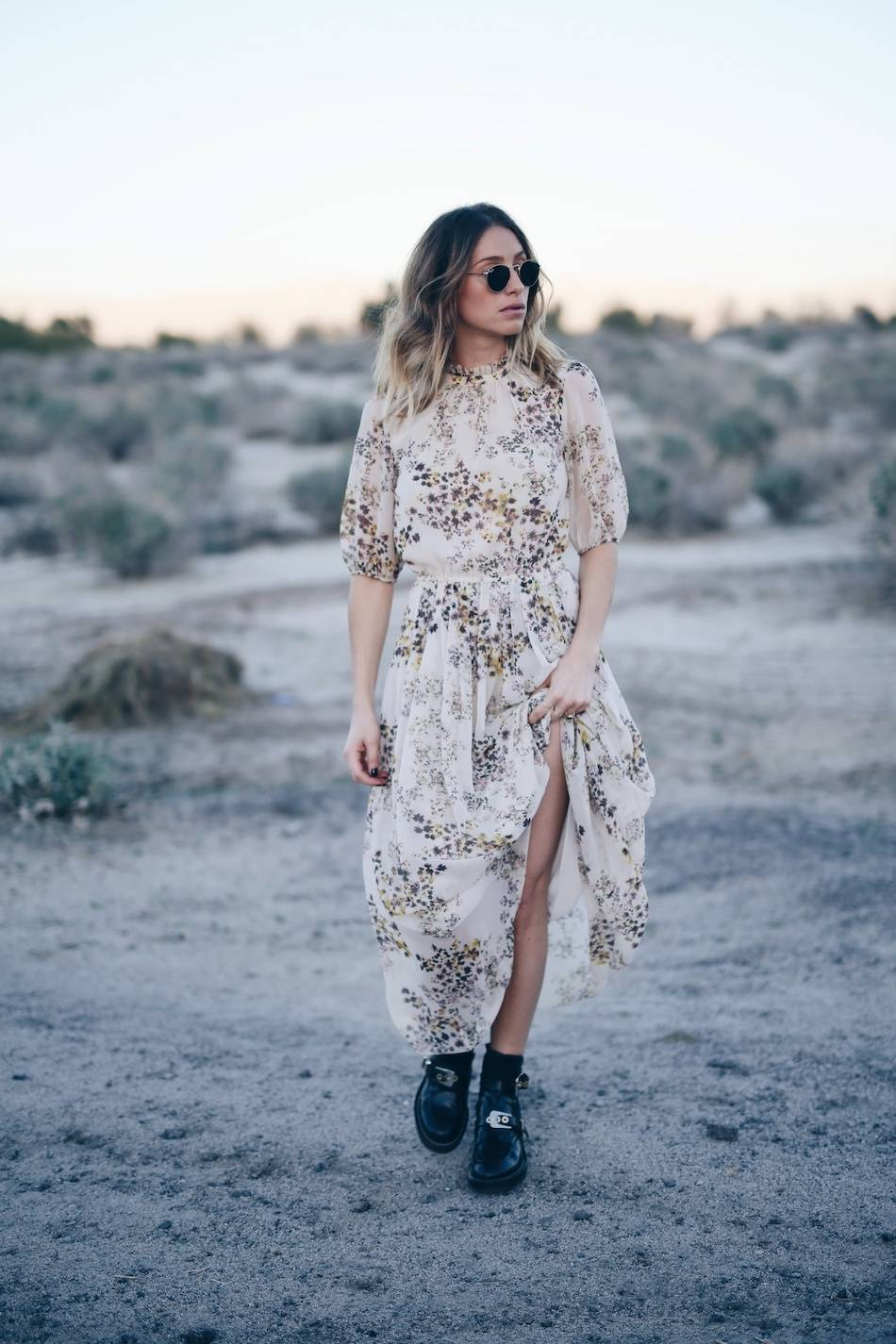 Style and beauty blogger Jill Lansky of The August Diaries in Aritzia silk boho dress, Balenciaga ceinture boots, Palm springs desert editorial copy