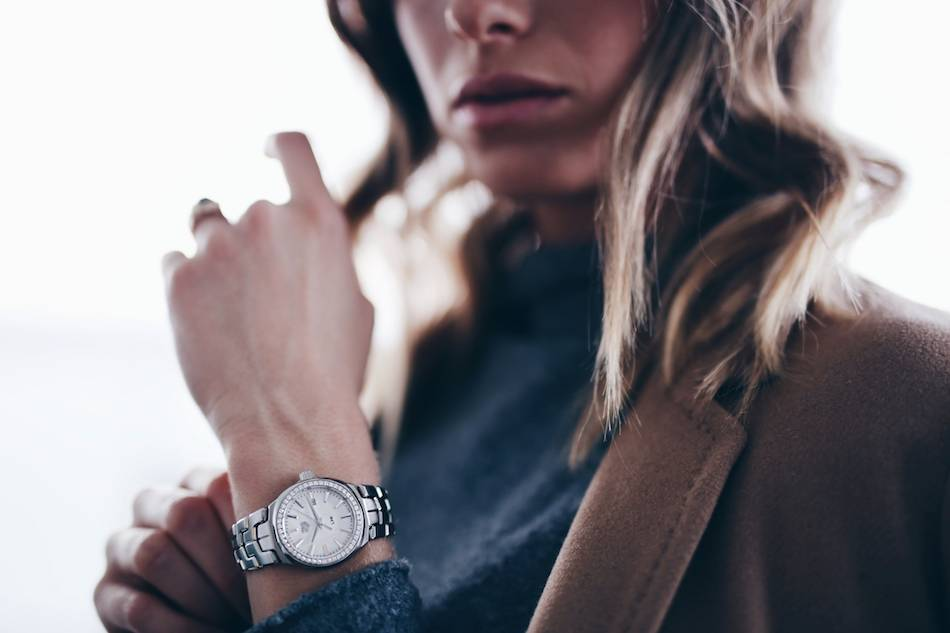 Style and beauty blogger Jill Lansky of The August Diaries in camel coat, French style, tag heuer silver watch
