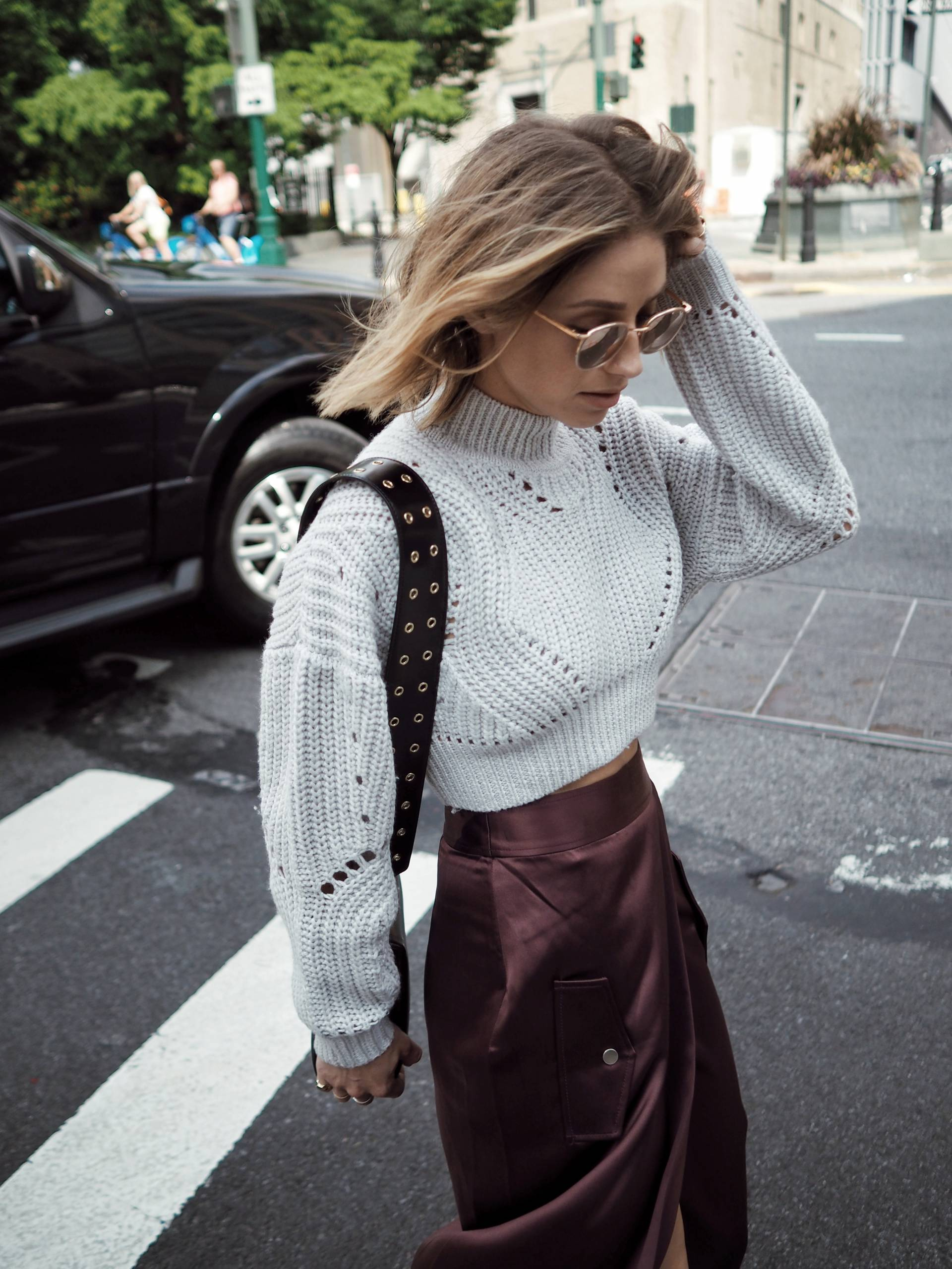new york fashion week street style in dion lee skirt, aritzia sweater, marc jacobs bag