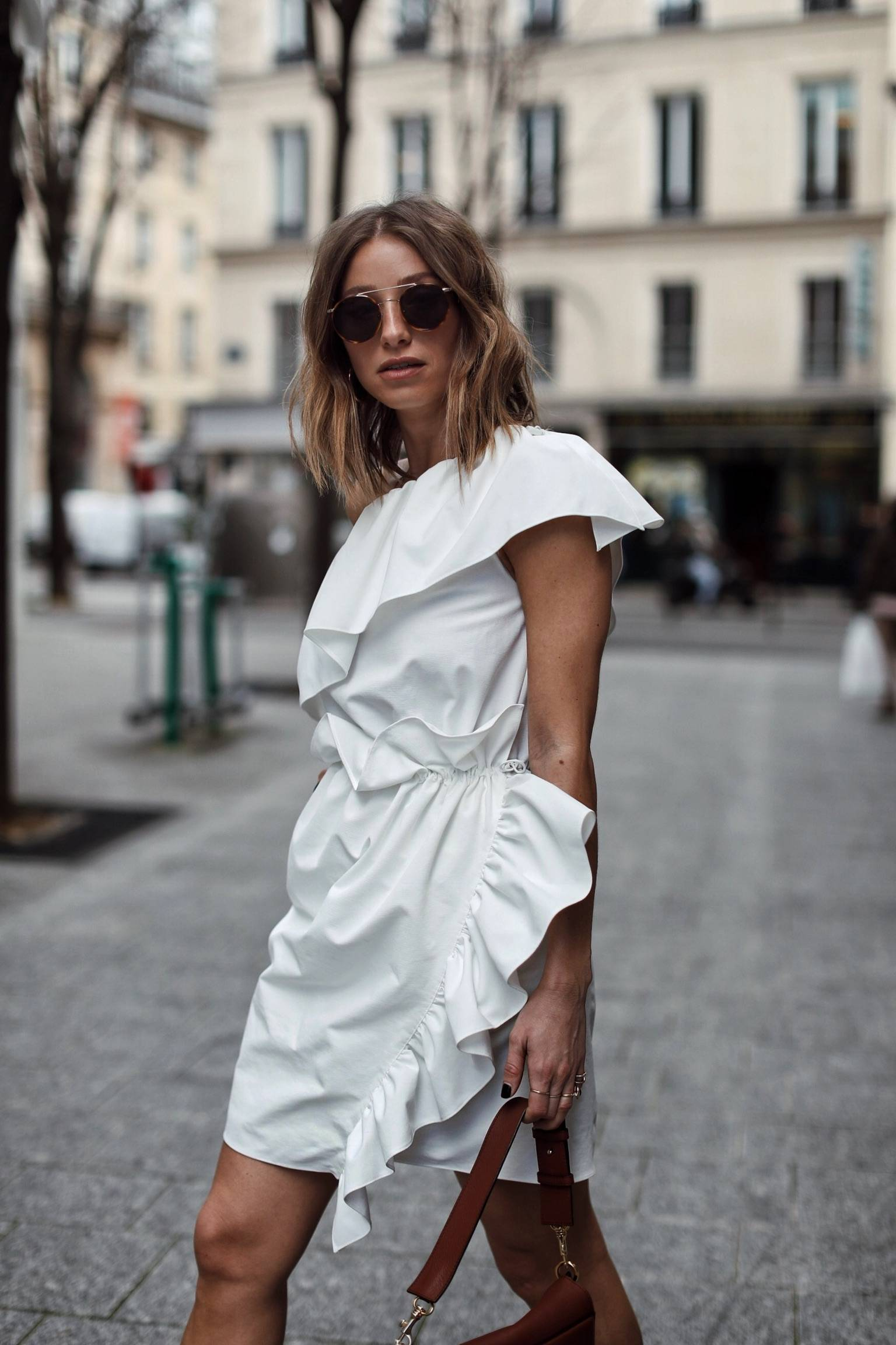 Style and beauty blogger Jill Lansky of The August Diaries on the top 5 white pieces for spring